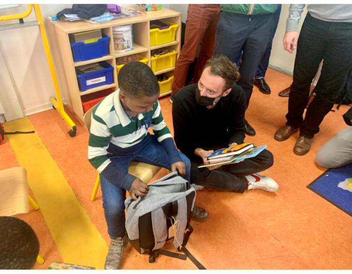 Mon Sac de Livres, un « sac de transmission et de partage » pour les enfants hébergés par Emmaüs Solidarité