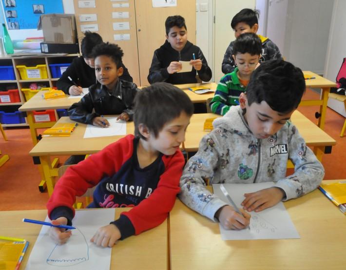 Rentrée scolaire au Centre d'Hébergement d'Urgence pour les Familles Migrantes Paris-Ivry.